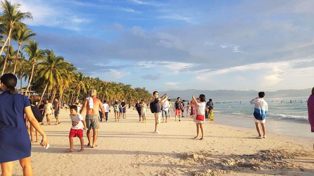 【ボラカイ島が再開して1週間が経ちました・・・】